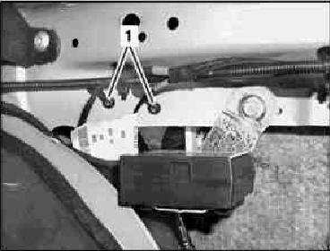 S211 - MOTOR ZV TANKKLAPPE.JPG